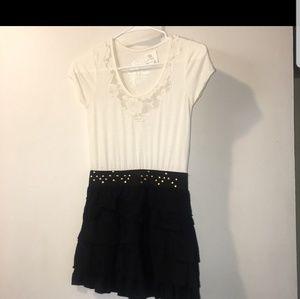 Other - Ruffle lace dress